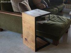 画像14: 送料無料!≪サイドテーブル≫【無垢オーク×アイアン コの字型/サイドテーブル/2サイズ】 (14)